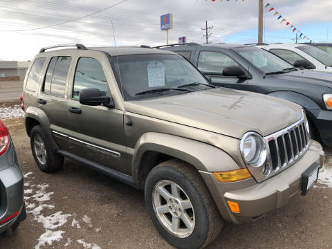 2005 Jeep Liberty for sale at BARNES AUTO SALES in Mandan ND