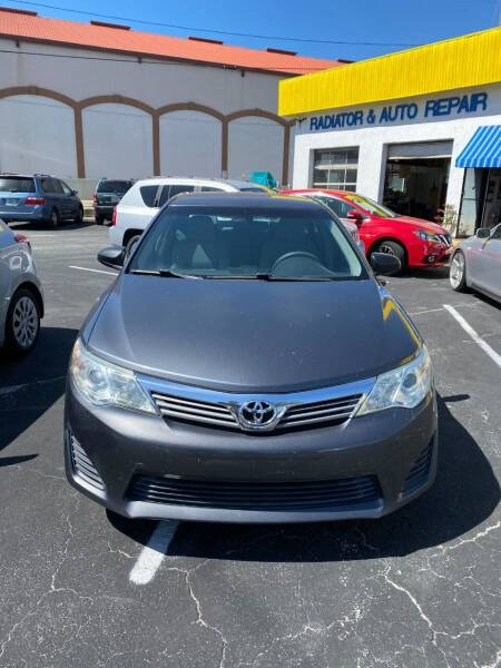 2012 Toyota Camry for sale at DUNEDIN AUTO SALES INC in Dunedin FL