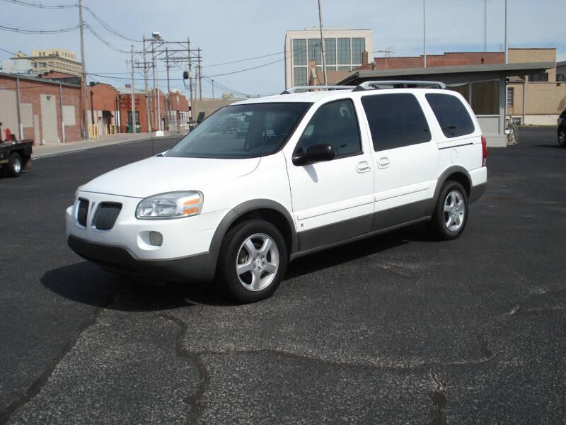 2006 Pontiac Montana SV6 for sale at Shelton Motor Company in Hutchinson KS