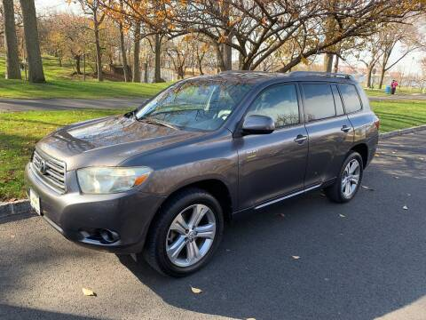 2008 Toyota Highlander for sale at Crazy Cars Auto Sale in Jersey City NJ