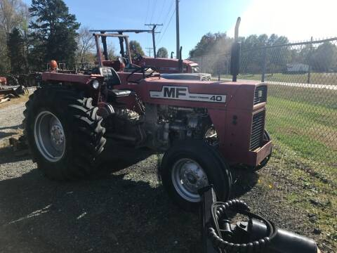 1974 Massey Ferguson 40 for sale at Vehicle Network - Joe's Tractor Sales in Thomasville NC