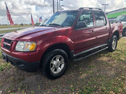 2004 Ford Explorer Sport Trac for sale at EXECUTIVE CAR SALES LLC in North Fort Myers FL