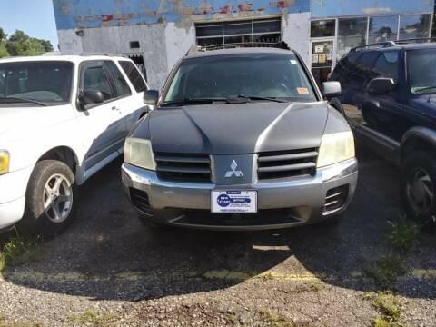 2004 Mitsubishi Endeavor for sale at New Start Motors LLC in Montezuma IN