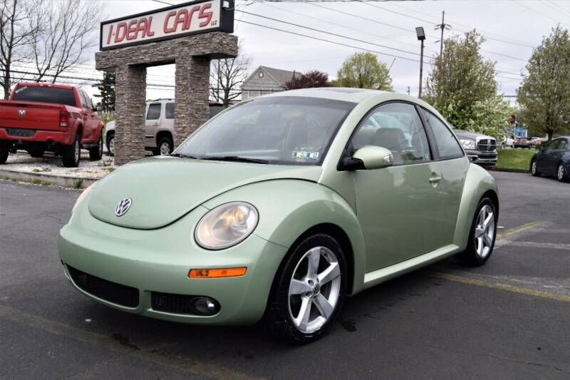 2006 Volkswagen New Beetle for sale at I-DEAL CARS in Camp Hill PA