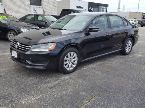 2013 Volkswagen Passat for sale at AUTOSAVIN in Elmhurst IL