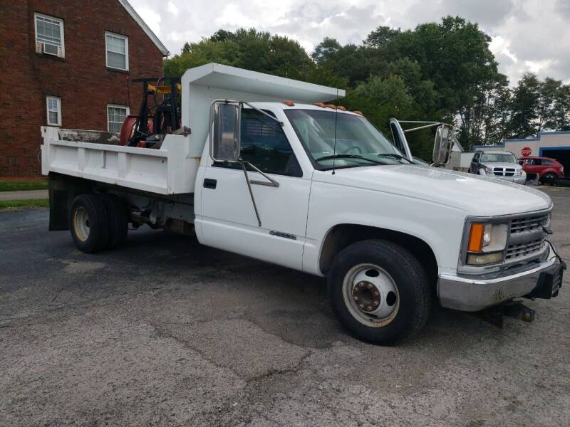 2000 Chevrolet C/K 3500 Series for sale at COLONIAL AUTO SALES in North Lima OH