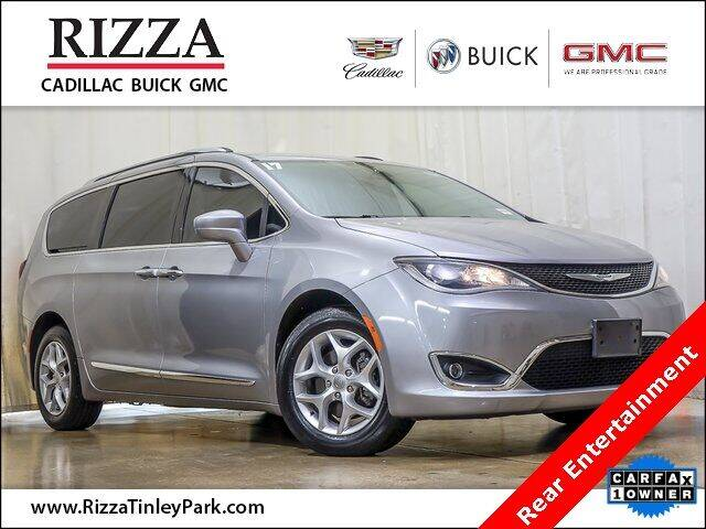 2017 Chrysler Pacifica for sale at Rizza Buick GMC Cadillac in Tinley Park IL