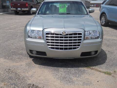 2005 Chrysler 300 for sale at Shaw Motor Sales in Kalkaska MI