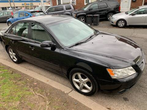 2009 Hyundai Sonata for sale at UNION AUTO SALES in Vauxhall NJ