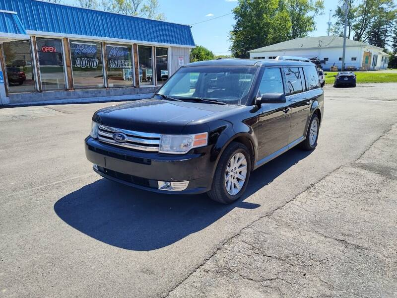 2011 Ford Flex for sale at RIDE NOW AUTO SALES INC in Medina OH