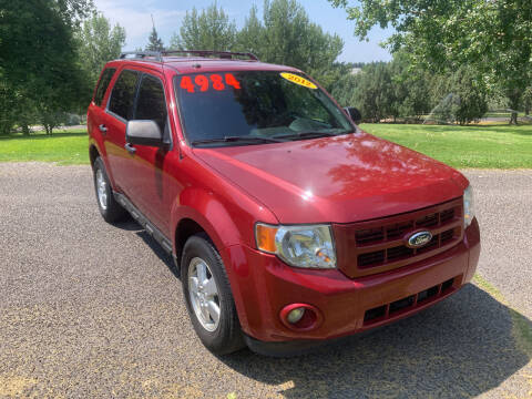 2012 Ford Escape for sale at BELOW BOOK AUTO SALES in Idaho Falls ID