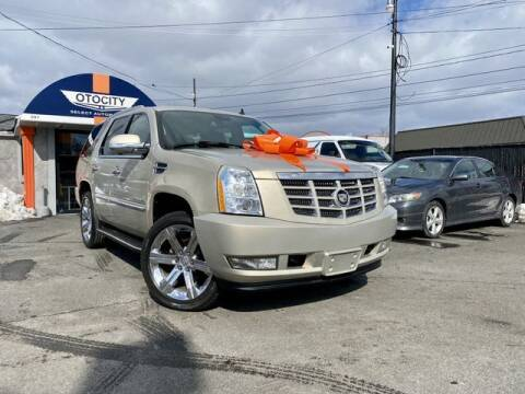 2007 Cadillac Escalade for sale at OTOCITY in Totowa NJ
