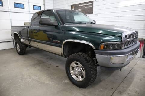 2001 Dodge Ram Pickup 2500 for sale at Queen City Classics in West Chester OH