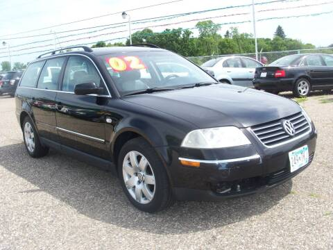 2002 Volkswagen Passat for sale at Country Side Car Sales in Elk River MN