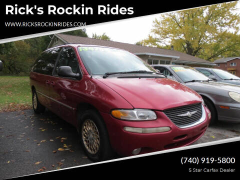 1998 Chrysler Town and Country for sale at Rick's Rockin Rides in Reynoldsburg OH