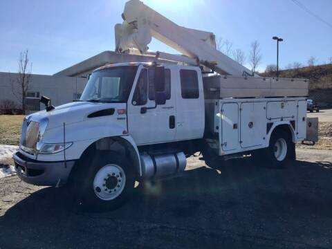2009 International 4400 for sale at Sparkle Auto Sales in Maplewood MN