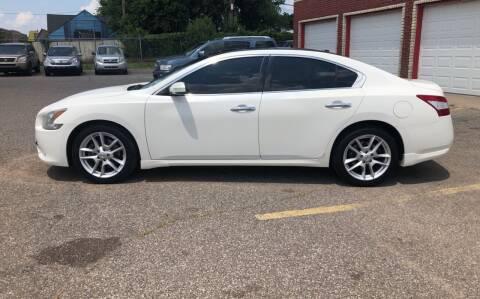 2011 Nissan Maxima for sale at Family Auto Finance OKC LLC in Oklahoma City OK