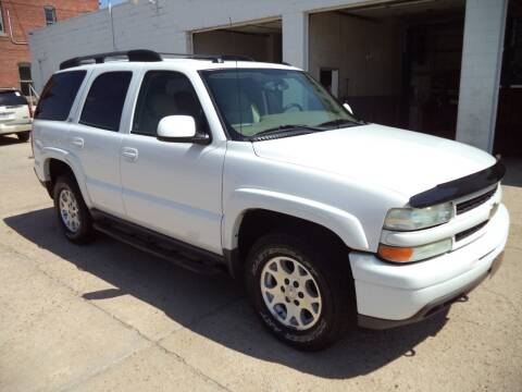 2004 Chevrolet Tahoe for sale at Apex Auto Sales in Coldwater KS