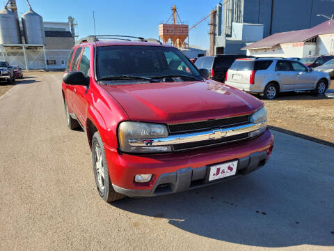2004 Chevrolet TrailBlazer EXT for sale at J & S Auto Sales in Thompson ND