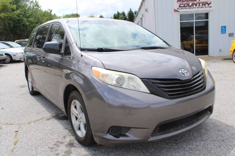 2011 Toyota Sienna for sale at UpCountry Motors in Taylors SC