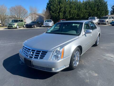 2008 Cadillac DTS for sale at Getsinger's Used Cars in Anderson SC
