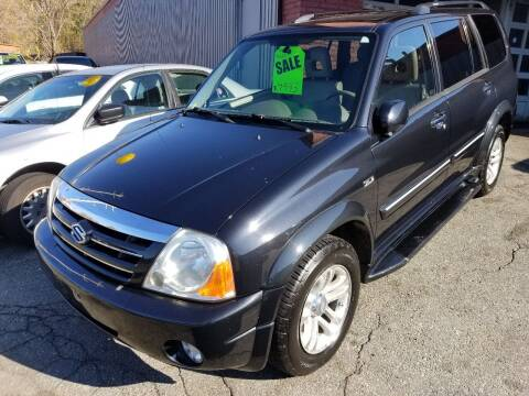 2005 Suzuki XL7 for sale at Howe's Auto Sales in Lowell MA