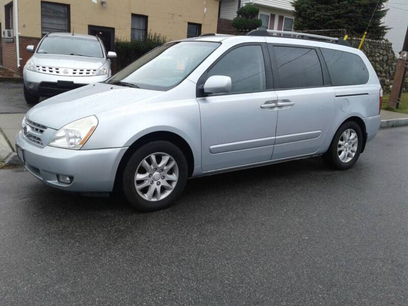 2008 Kia Sedona for sale at Nelsons Auto Specialists in New Bedford MA