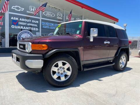 2007 Toyota FJ Cruiser for sale at VR Automobiles in National City CA