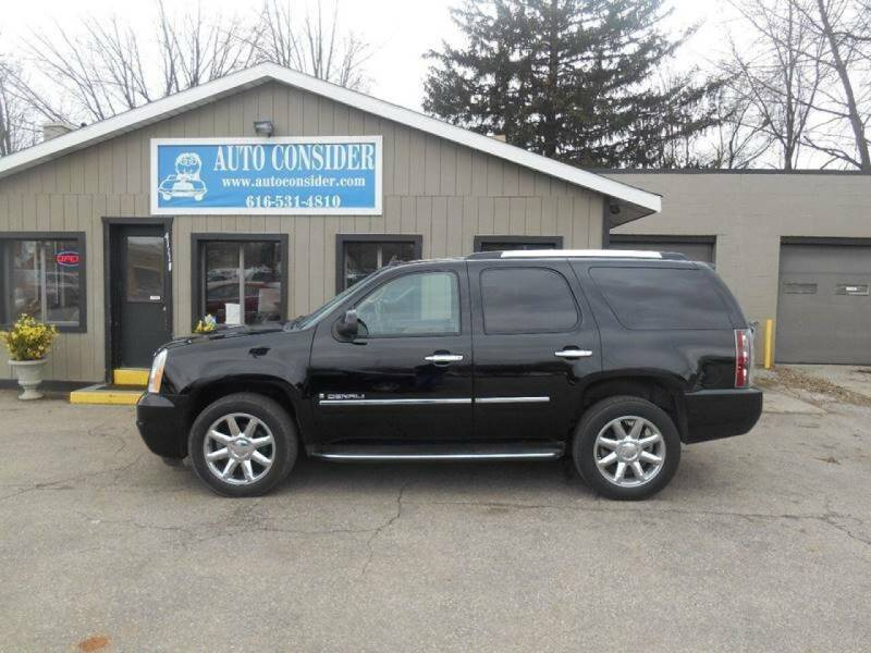 2009 GMC Yukon for sale at Auto Consider Inc. in Grand Rapids MI