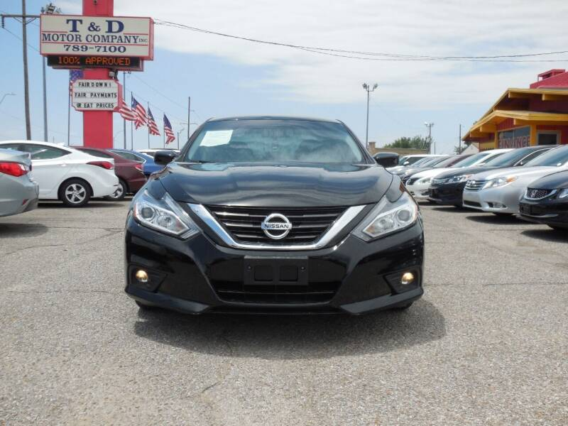2016 Nissan Altima for sale at T & D Motor Company in Bethany OK
