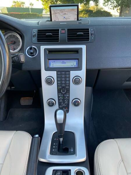 2013 Volvo C70 T5 Premier Plus 2dr Convertible - Van Nuys CA