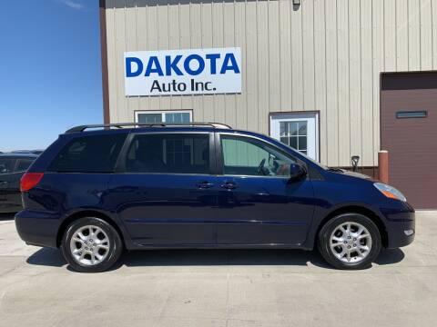 2006 Toyota Sienna for sale at Dakota Auto Inc. in Dakota City NE