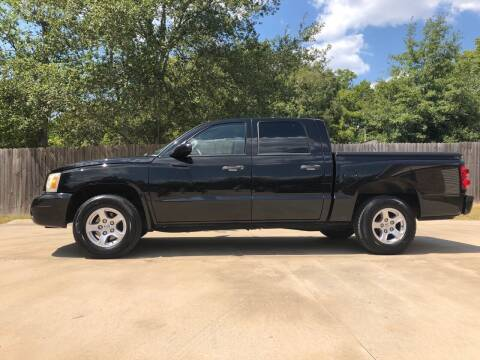 2007 Dodge Dakota for sale at H3 Auto Group in Huntsville TX