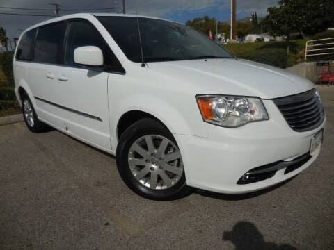 2016 Chrysler Town and Country for sale at ARAX AUTO SALES in Tujunga CA