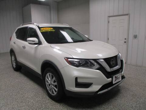2017 Nissan Rogue for sale at LaFleur Auto Sales in North Sioux City SD