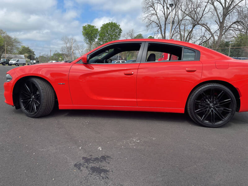 2018 Dodge Charger for sale at Beckham's Used Cars in Milledgeville GA