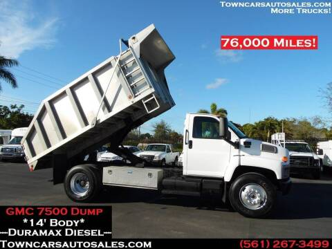 2004 GMC C7500 for sale at Town Cars Auto Sales in West Palm Beach FL