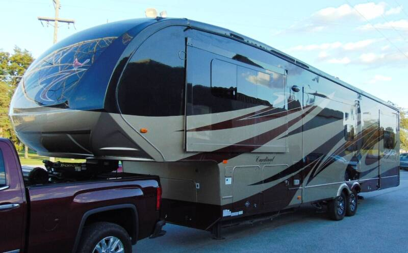2014 Forest River Cardinal for sale at Kenny's Auto Wrecking - Kar Ville- Ready To Go in Lima OH