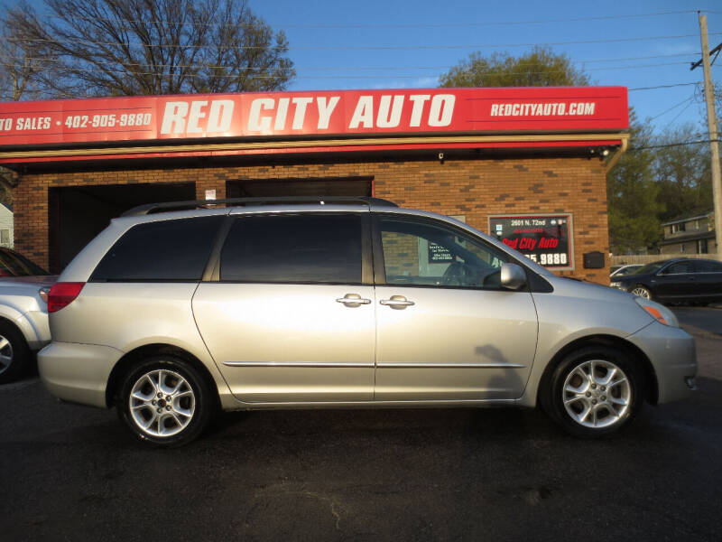 2004 Toyota Sienna for sale at Red City  Auto in Omaha NE