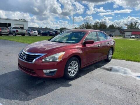 2014 Nissan Altima for sale at BORGMAN OF HOLLAND LLC in Holland MI