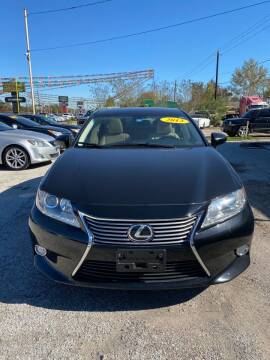 2013 Lexus ES 350 for sale at Mario Motors in South Houston TX