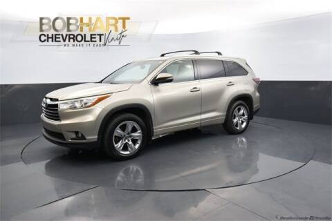 2016 Toyota Highlander for sale at BOB HART CHEVROLET in Vinita OK