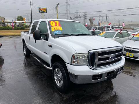 2007 Ford F-250 Super Duty for sale at Texas 1 Auto Finance in Kemah TX