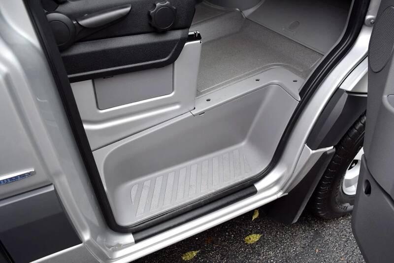2014 Mercedes-Benz Sprinter 2500 144 WB 3dr Passenger Van - Columbus OH