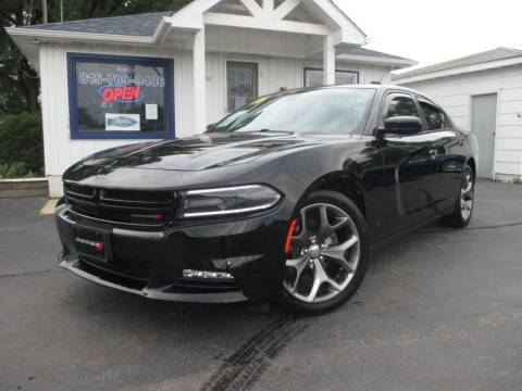2016 Dodge Charger for sale at Blue Arrow Motors in Coal City IL