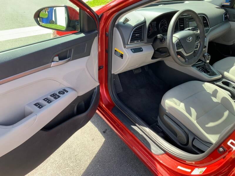 2017 Hyundai Elantra SE 4dr Sedan 6A (US) - Davie FL