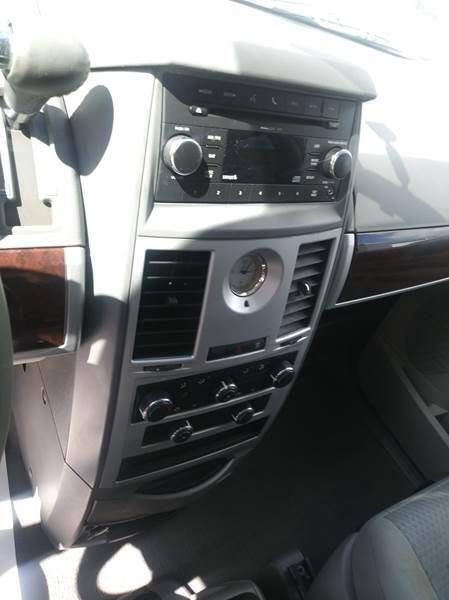 2010 Chrysler Town and Country Touring 4dr Mini-Van - Mesa AZ