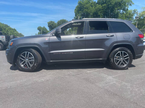 2017 Jeep Grand Cherokee for sale at Beckham's Used Cars in Milledgeville GA