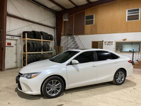2015 Toyota Camry for sale at Tennessee Valley Wholesale Autos LLC in Huntsville AL