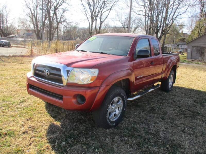 2007 Toyota Tacoma for sale at Dons Carz in Topeka KS